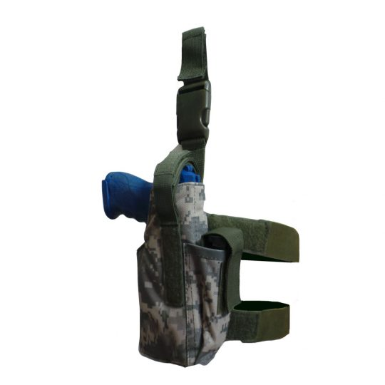 Universal thigh holster with belt adjustment and MOLLE system color camuflage